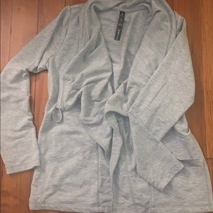 Open front grey sweater with pockets